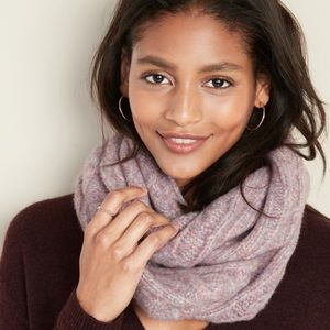 Old Navy cable knit infinity scarf